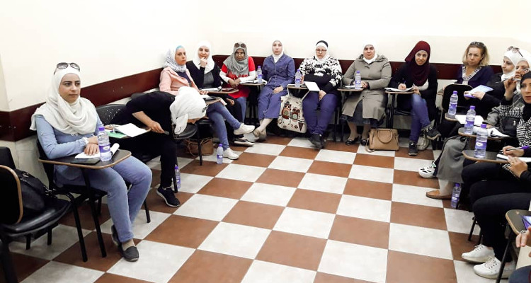 Distance learning training sessions for Syrian workers